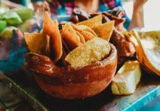 Tover overgebleven wraps om tot tortillachips