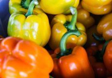 Gezond en simpel: tussendoortje van paprika, komkommer en banaan